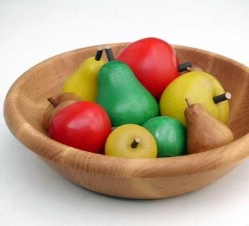 Farbiges Obst in der Schale