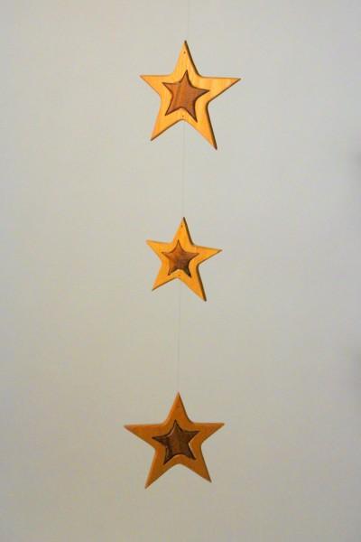 Mobilé zweiteilige Sterne